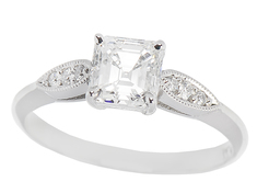Custom Diamond Rings & Gemstone Jewelry