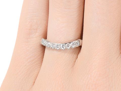 Estate Curved Diamond Platinum Wedding Band