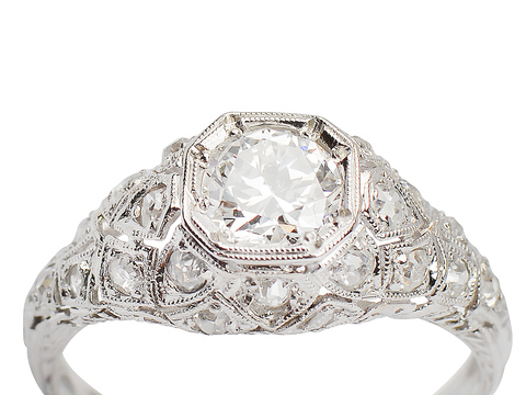 Fine Design - Diamond Platinum Ring