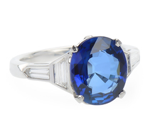 Fantastic Seas - Blue Sapphire & Diamond Ring