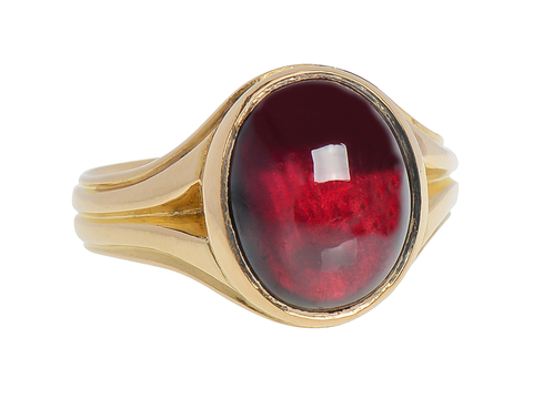 A Goblet Of Wine English Garnet Ring