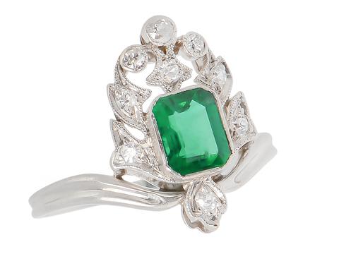 Art Deco Emerald Diamond Ring