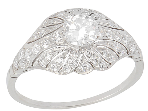Shades of Femininity - Grand Diamond Ring