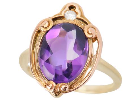 Striking Amethyst Diamond Ring