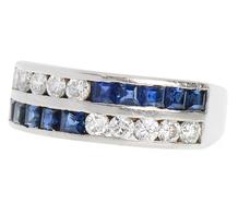 Vintage Ring in Diamonds & Sapphires