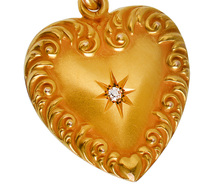 Heart With No Bounds - Edwardian Locket Pendant