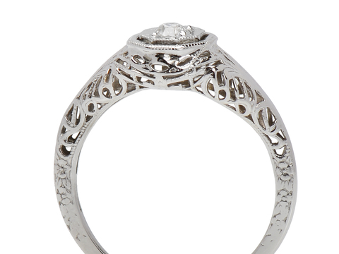Filigree Feminine - Vintage Engagement Ring
