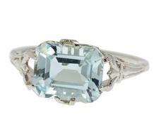 Vintage East West Aquamarine Filigree Ring