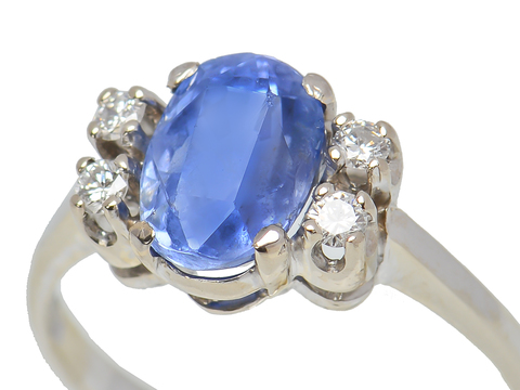 Sleek No Heat Sapphire Diamond Ring