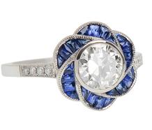 Gentle Flower - Sapphire & Diamond Ring