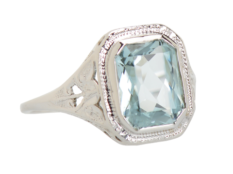 Butterfly Themed Vintage Aquamarine Ring