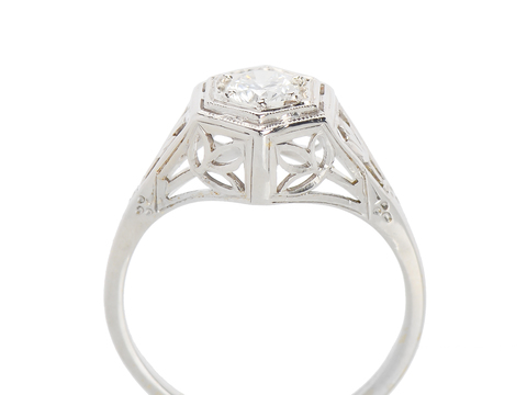 Solitaire Engagement Ring - Art Deco Mood