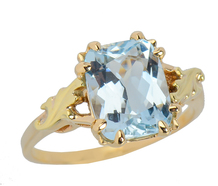 Vintage Art Deco Ring with Aquamarine
