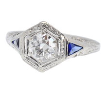 Glittering Art Deco Diamond Ring