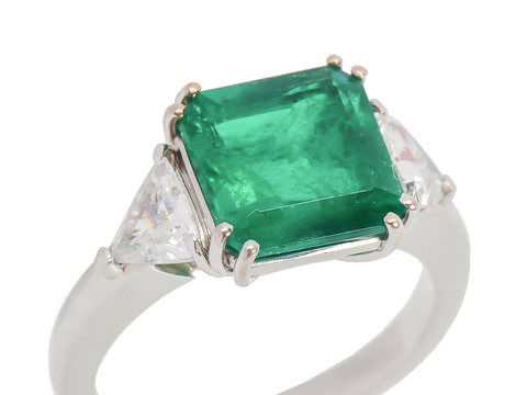 Glorious Emerald Trillion Diamond Estate Ring