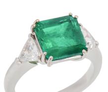Glorious 3.95 ct Emerald Diamond Ring