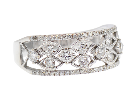 Romantic Diamond Wedding Ring