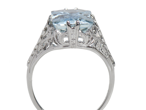 Spectacular Aquamarine Filigree Ring
