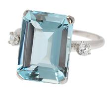 Hollywood Aquamarine Diamond Ring