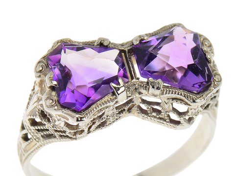 Art Deco in a Vivid Amethyst Ring