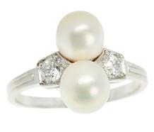 Art Deco Elegant Natural Saltwater Pearl Ring
