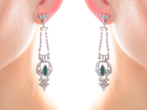 On The Basis of Dress - Paste Earrings