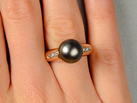 Vintage Tahitian Black Pearl Diamond Ring