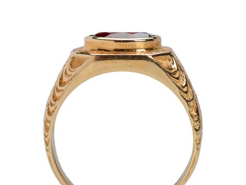 Distinction - Vintage Pyrope Garnet Ring