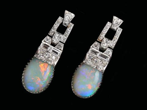Soirée - Vintage Opal Diamond Earrings