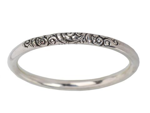 Scrolling Silver Round Bangle Bracelet