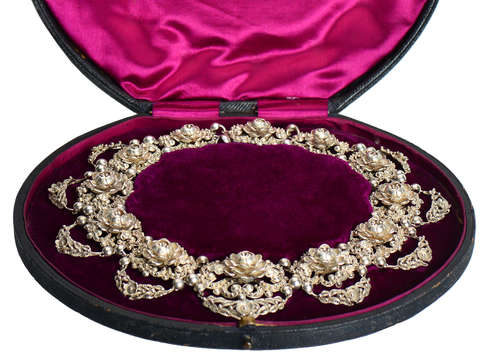 Victorian Floral Silver Necklace in Antique Box