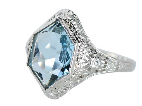 Serene Aquamarine Vintage Filigree Ring