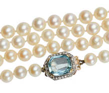 Estate Strand of Pearls & Aquamarine Diamond Clasp