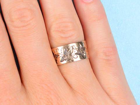 Leaves of Gold - Victorian Wedding Band