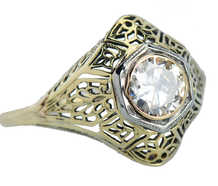 Filigree Fantasy - Solitaire Diamond Ring