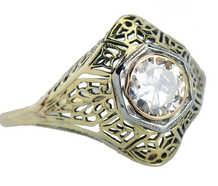 Filigree Fantasy - Solitaire Diamond Ring