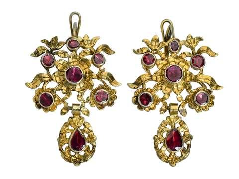 18th Century Bouquet - Garnet Earrings