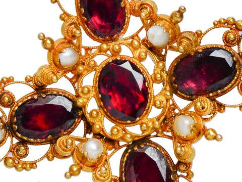 Georgian Garnet Pearl Gold Pendant