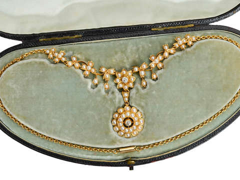 Edwardian Natural Pearl Necklace in Original Box