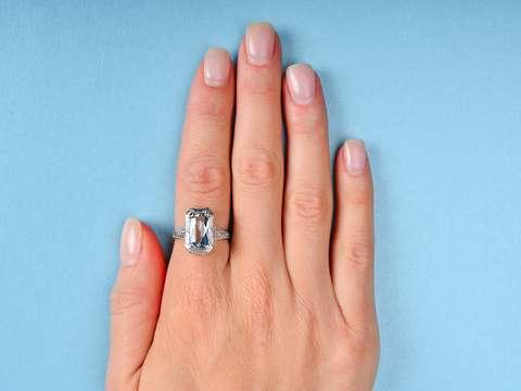 Aquamarine Allure- Vintage Filigree White Gold Ring