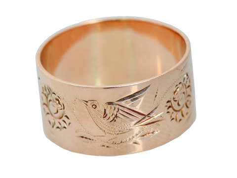 A Bird in the Hand - Victorian Wide Floral Wedding Band