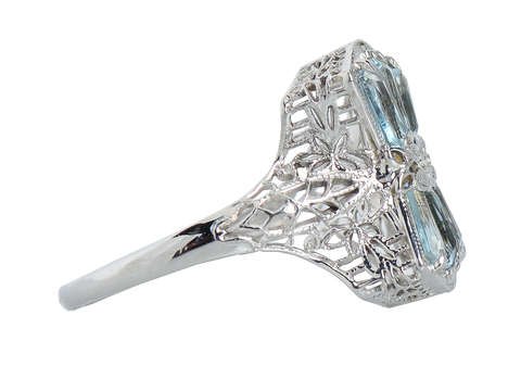 Art Deco Vintage Aquamarine Filigree Ring