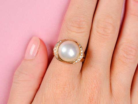 Vintage Mabé Pearl Diamond Ring
