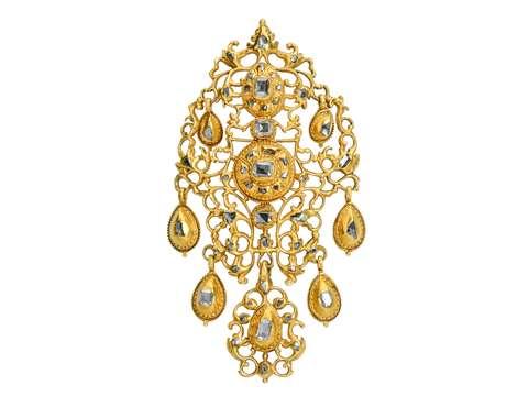 Georgian Table Cut Diamond Earrings & Pendant