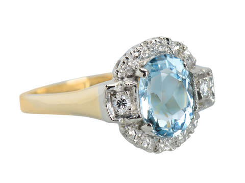 Cool & Breezy - Vintage Aquamarine Ring
