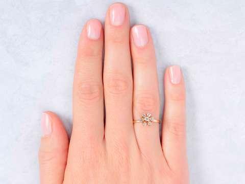 Daily Bloom - Diamond Flower Cluster Ring
