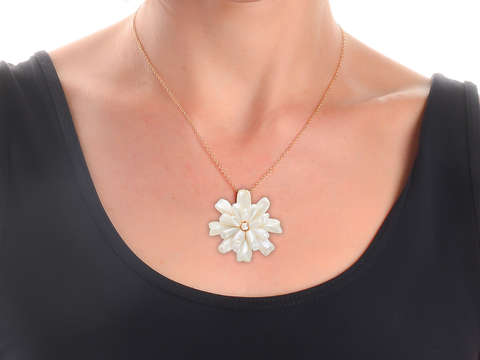 Mississippi Pearl Flower Brooch Pendant