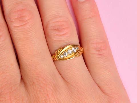 English Edwardian 18k Diamond Ring of 1902