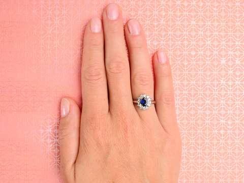 Nature's Aura - Sapphire Diamond Ring