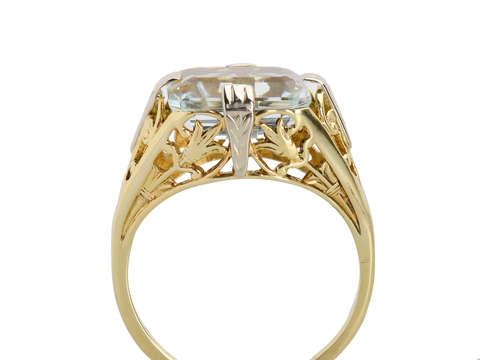Vintage Art Deco East West Aquamarine Ring